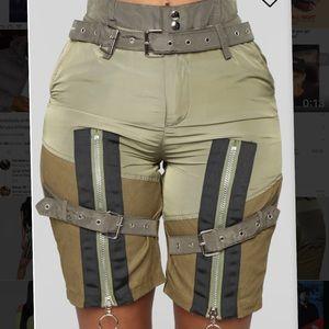 Cargo Zip shorts